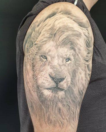 AN Eternal Instinct Tattoos