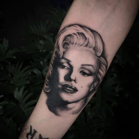 Inner Vision Tattoo & Piercing